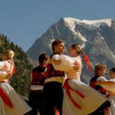 Swiss Dancers